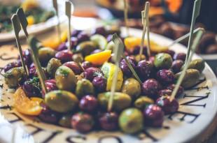 oliven og citron